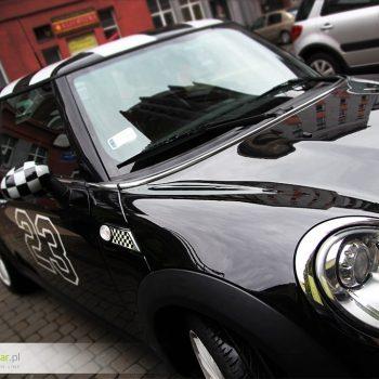 Oklejanie samochodów sportowych minicopper