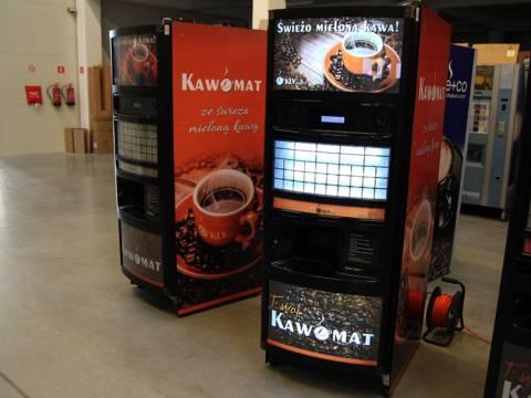 Oklejanie automatów do kawy