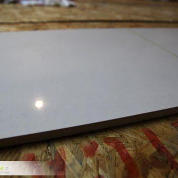 Odpowiednie primerowanie płytyki ceramicznej pod nadruk
