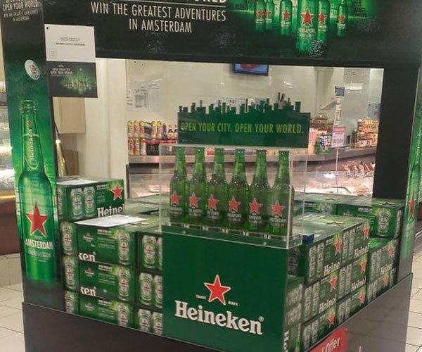 Inspiracja, przykład ekspozytor Heineken z polipropylenu druk uv
