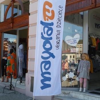 Flagi reklamowe windery - Dla firmy Madmuazelle - Mayoral ubrania