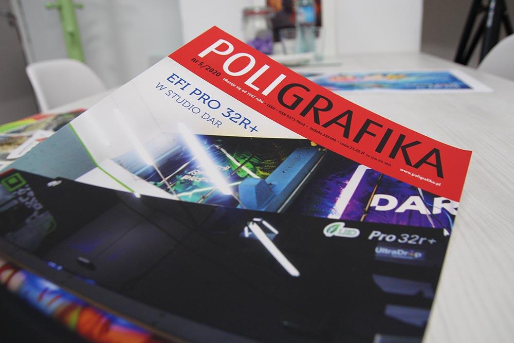 Drukarnia DAR. na okładce magazynu Poligrafika